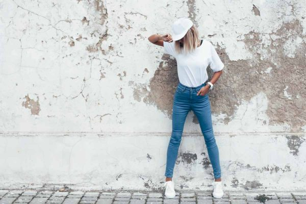 Jeans donna, vendita Online all'ingrosso